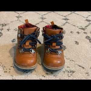 Gap Lace-up Hiker boots light brown, size 8